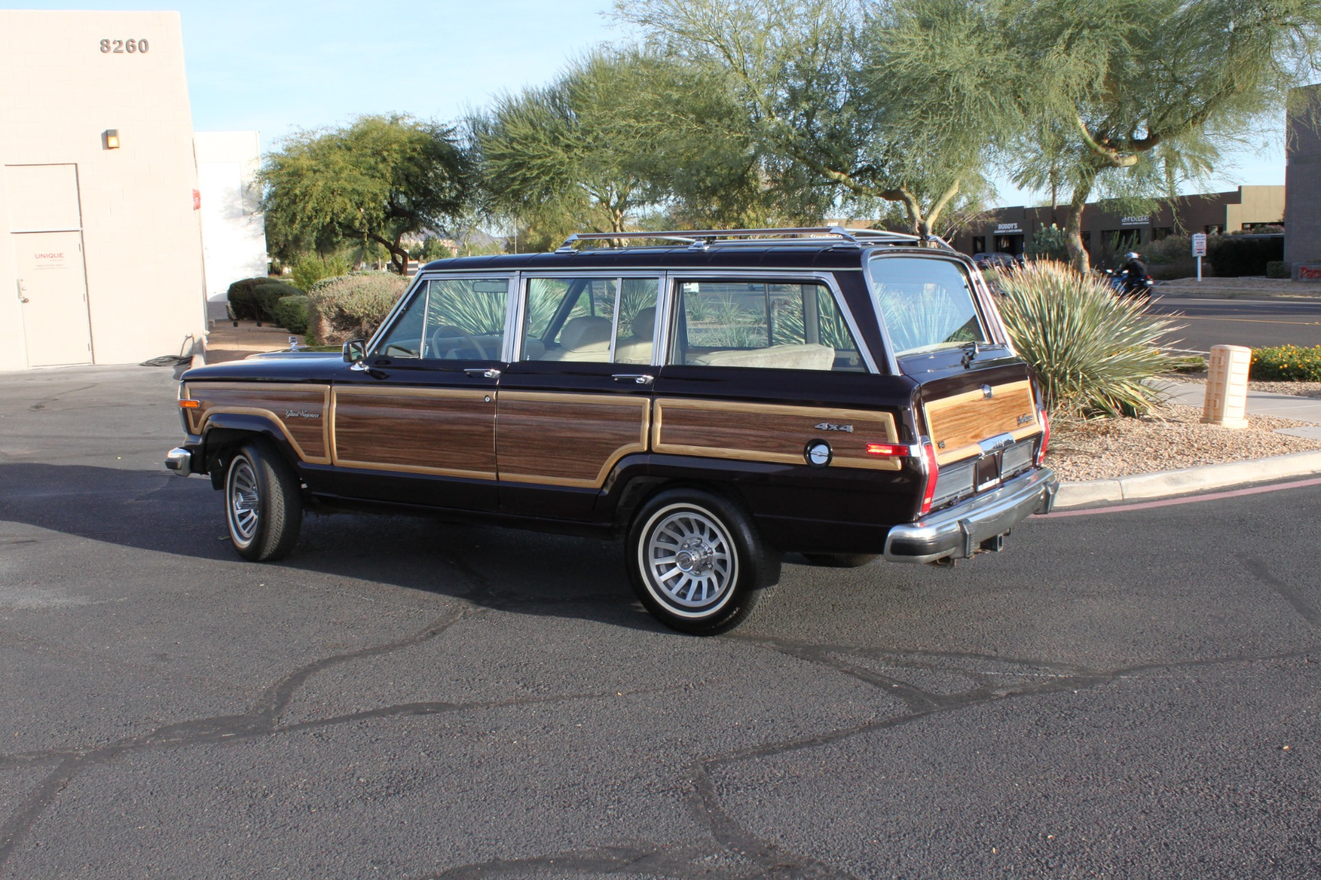 Used-1990-Jeep-Grand-Wagoneer-4X4-Acura