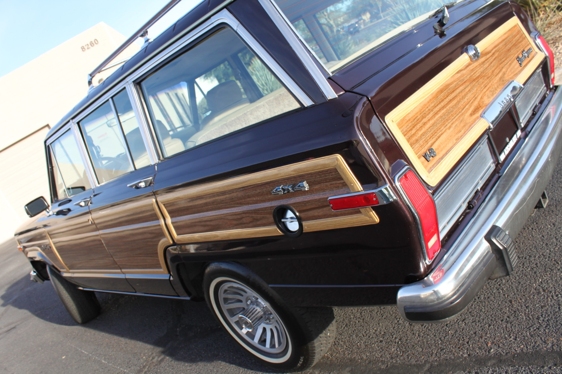 Used-1990-Jeep-Grand-Wagoneer-4X4-Grand-Wagoneer