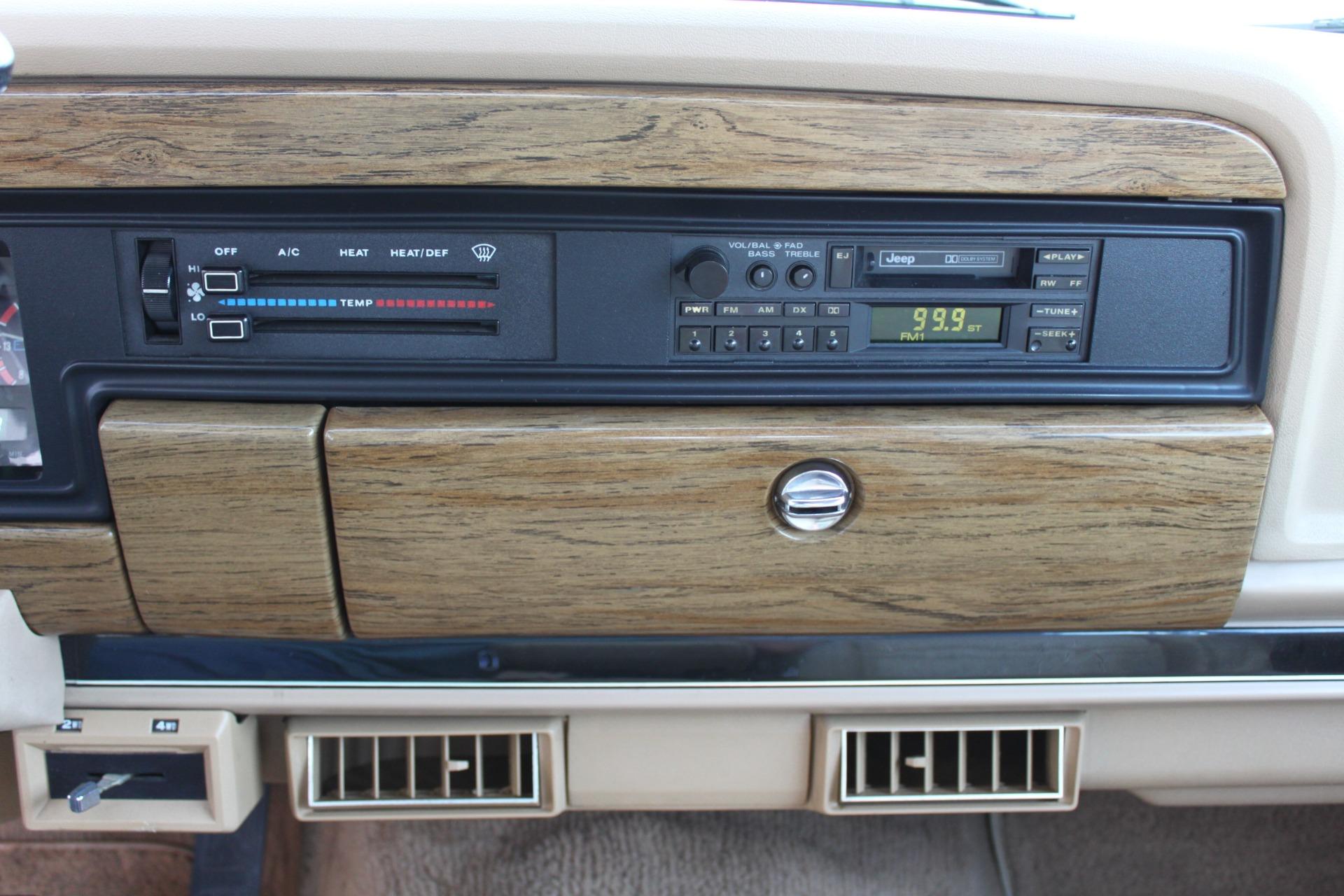 Used-1990-Jeep-Grand-Wagoneer-4X4-Lamborghini