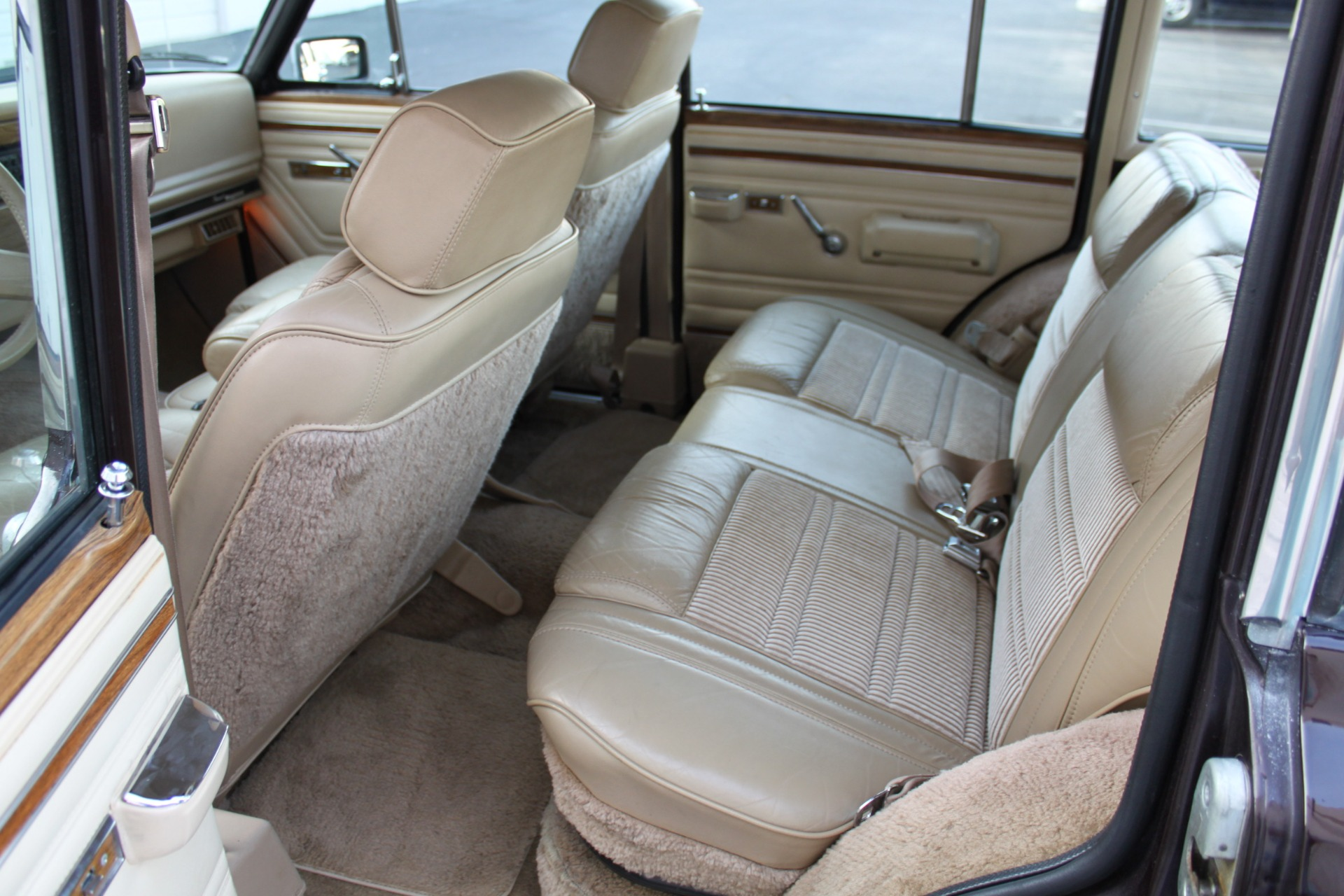 Used-1990-Jeep-Grand-Wagoneer-4X4-Grand-Wagoneer