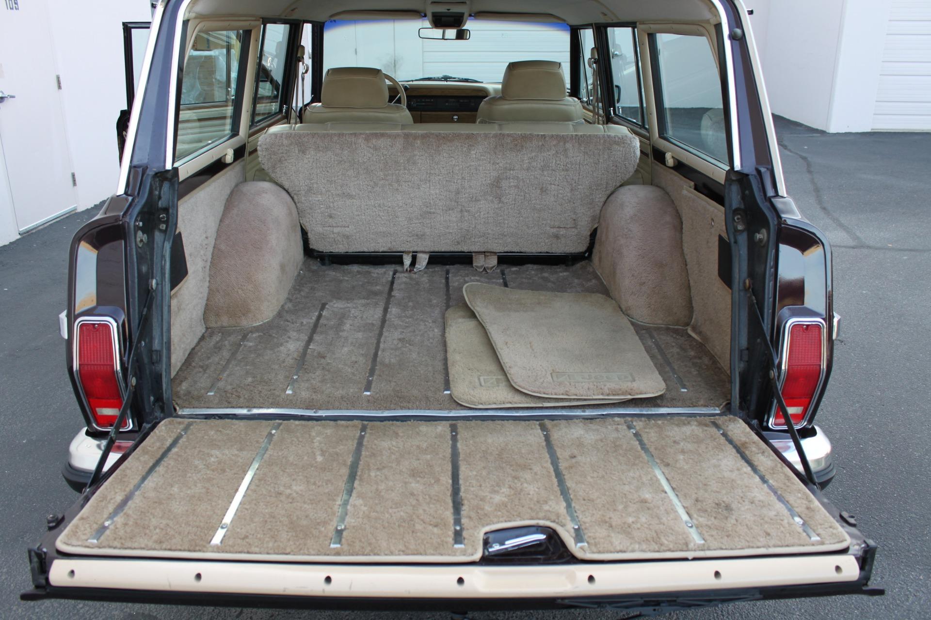 Used-1990-Jeep-Grand-Wagoneer-4X4-BMW