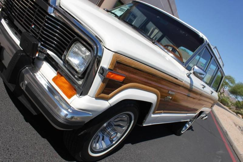 Used-1983-Jeep-Wagoneer-4WD-Limited-Cherokee
