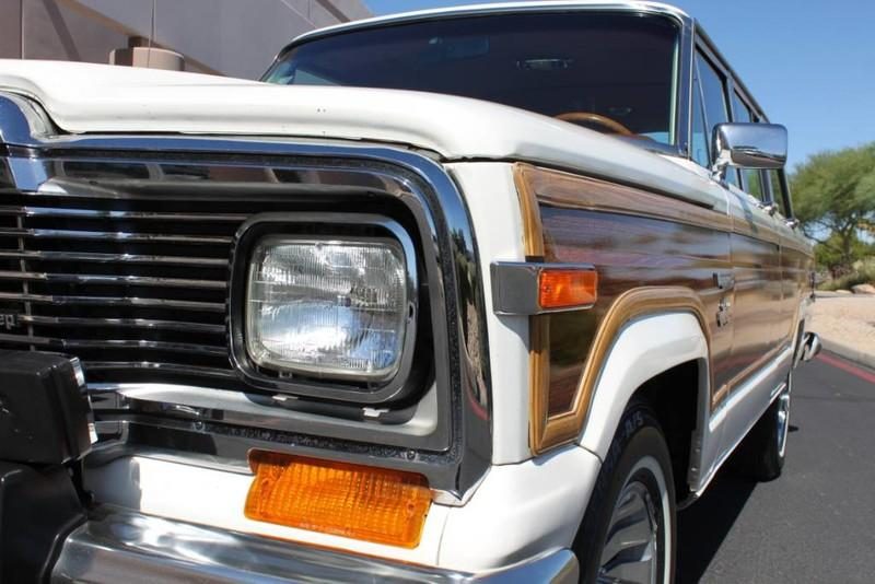 Used-1983-Jeep-Wagoneer-4WD-Limited-4X4