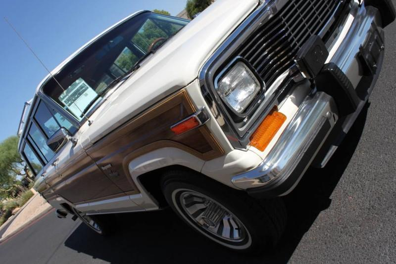 Used-1983-Jeep-Wagoneer-4WD-Limited-XJ