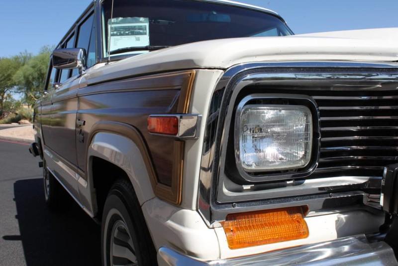 Used-1983-Jeep-Wagoneer-4WD-Limited-Lamborghini