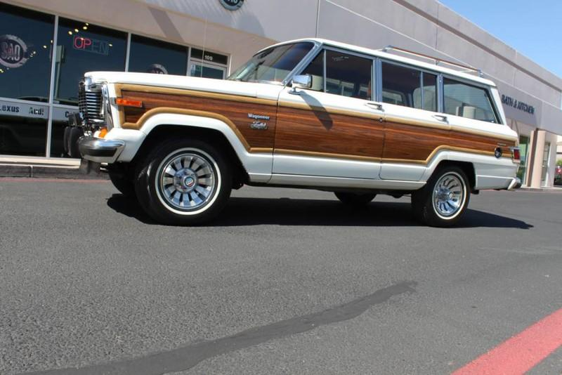 Used-1983-Jeep-Wagoneer-4WD-Limited-Land-Rover