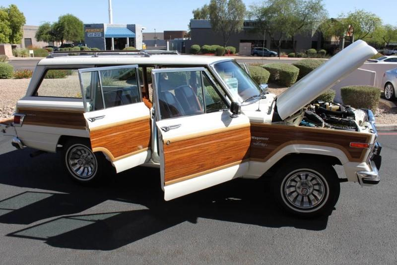 Used-1983-Jeep-Wagoneer-4WD-Limited-Mopar