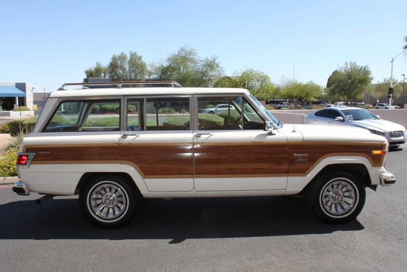 Used-1983-Jeep-Wagoneer-4WD-Limited-Chrysler