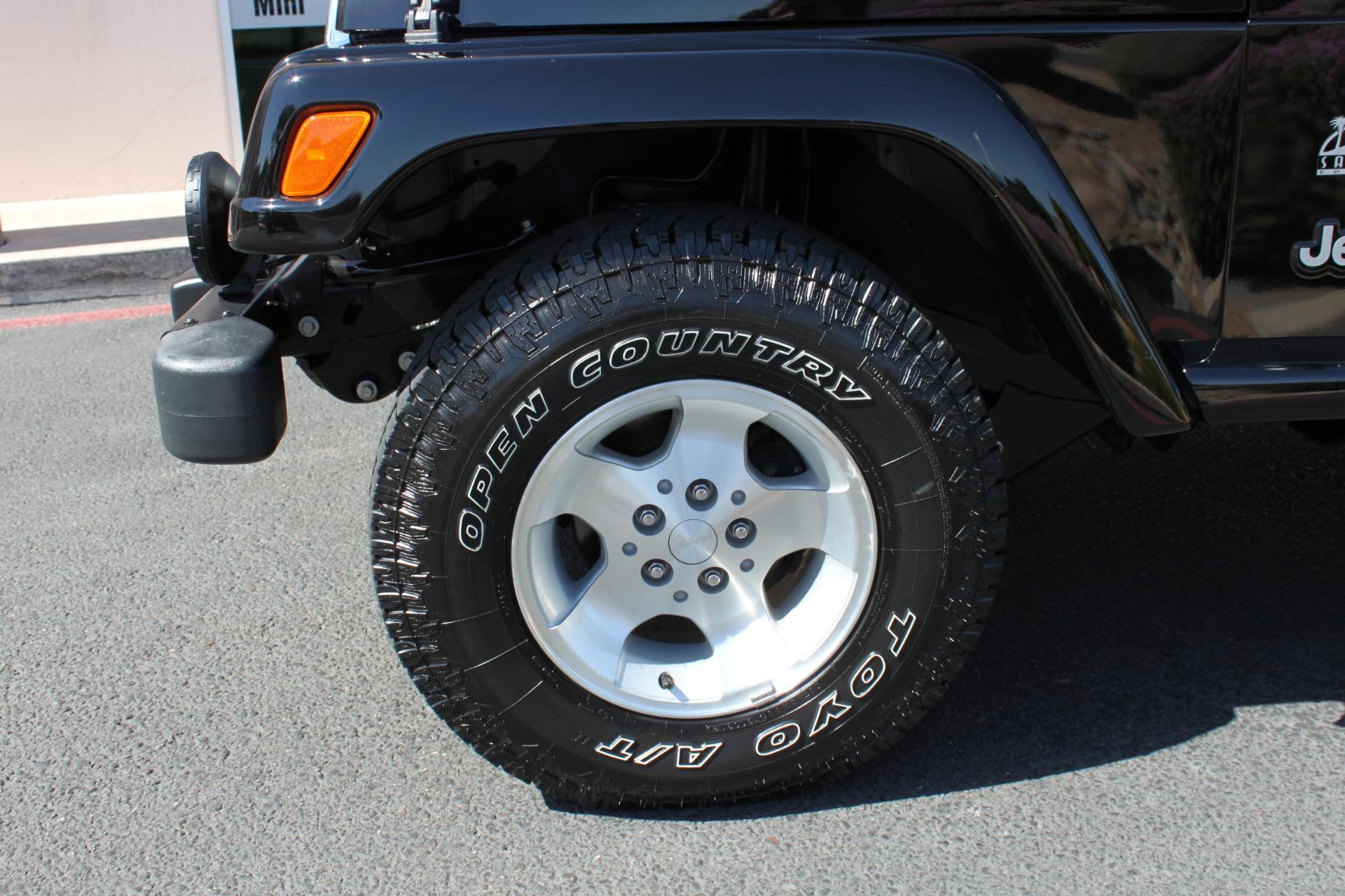 Used-2003-Jeep-Wrangler-Sahara-Fiat