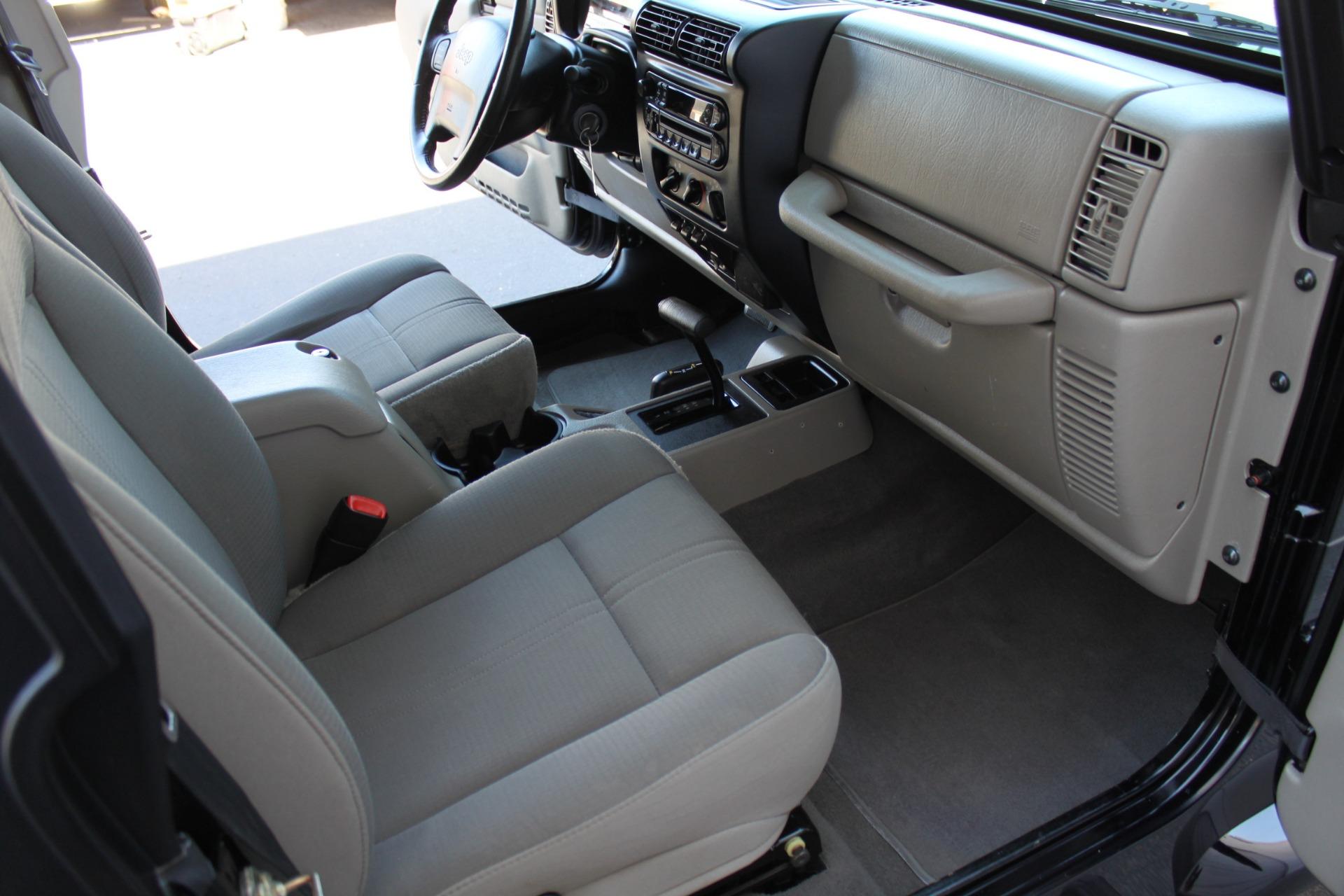 Used-2003-Jeep-Wrangler-Sahara-Acura