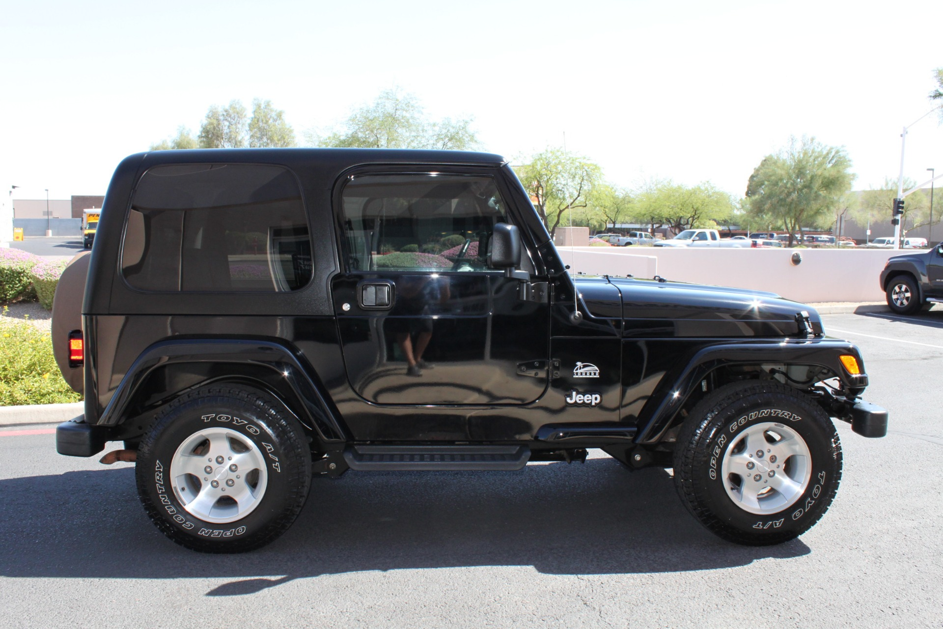 Used-2003-Jeep-Wrangler-Sahara-Collector