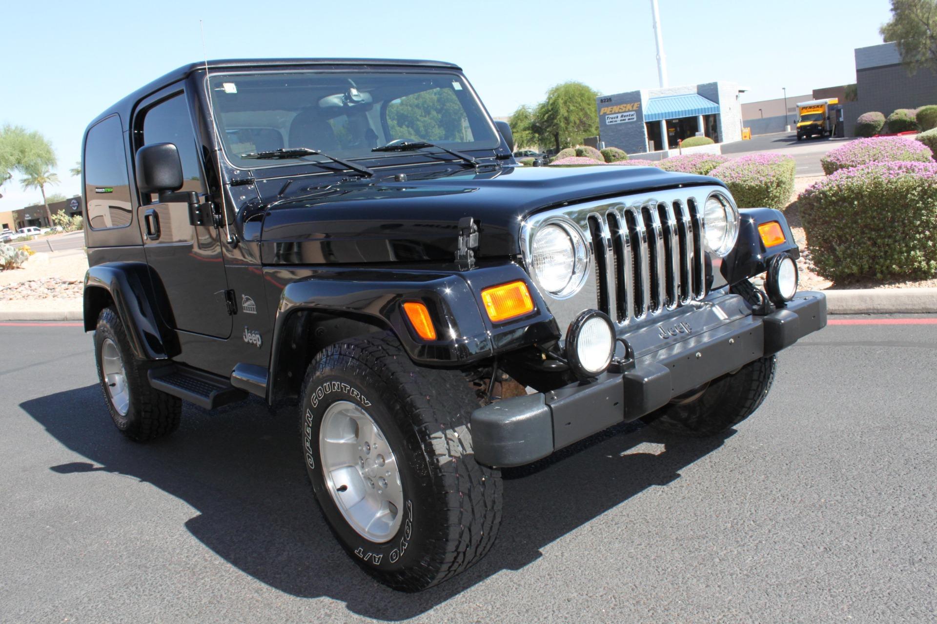 Used-2003-Jeep-Wrangler-Sahara-vintage