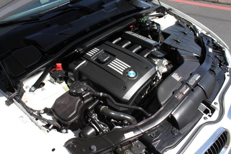 Used-2011-BMW-3-Series-328I-Convertible-328i-Mini