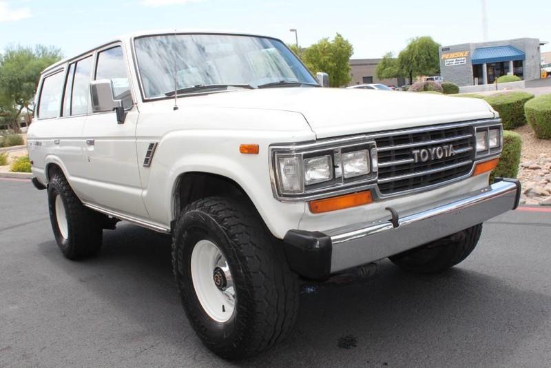 Used-1988-Toyota-Land-Cruiser-4X4-Wrangler