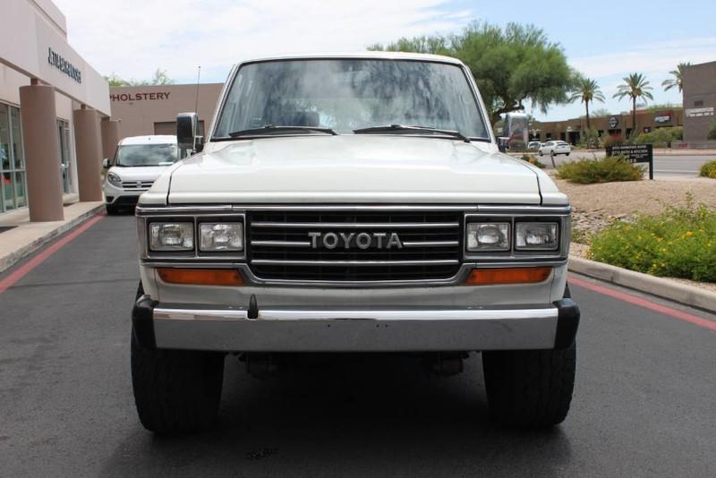 Used-1988-Toyota-Land-Cruiser-4X4-New-cars-for-sale-Gurnee