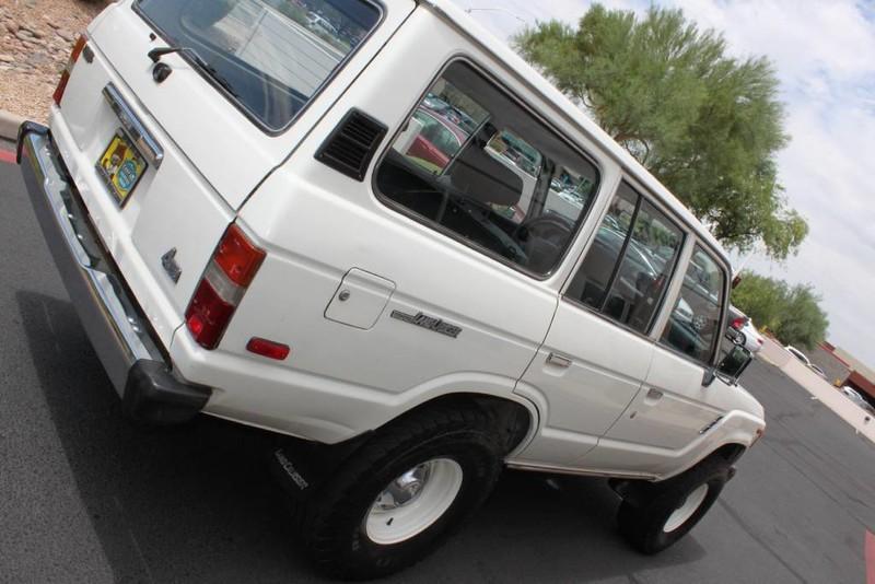 Used-1988-Toyota-Land-Cruiser-4X4-Grand-Cherokee