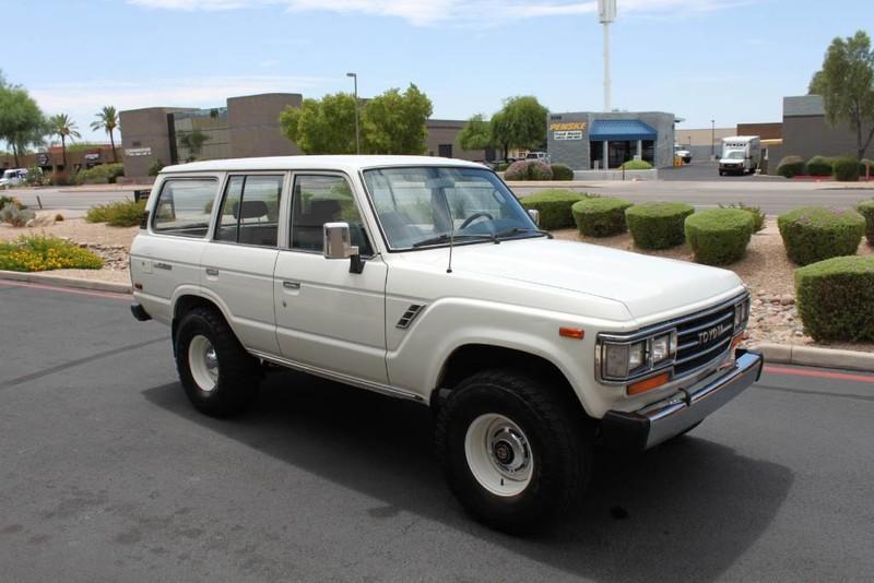 Used-1988-Toyota-Land-Cruiser-4X4-Acura