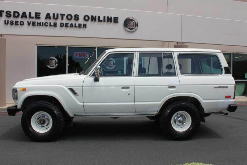 Used-1988-Toyota-Land-Cruiser-4X4-New-BMW-IL