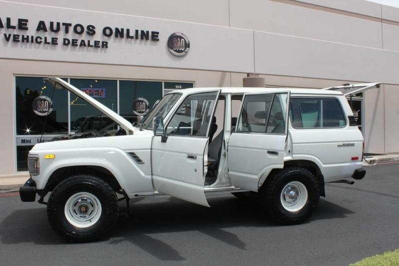 Used-1988-Toyota-Land-Cruiser-4X4-Used-car-deals-Lake-County-IL