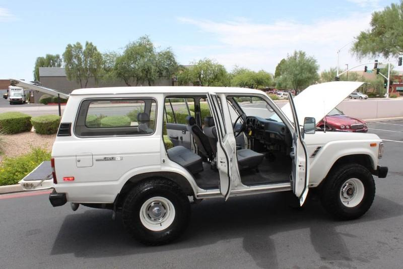 Used-1988-Toyota-Land-Cruiser-4X4-for-sale-in-IL