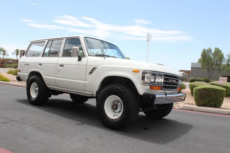 Used-1988-Toyota-Land-Cruiser-4X4-Mopar