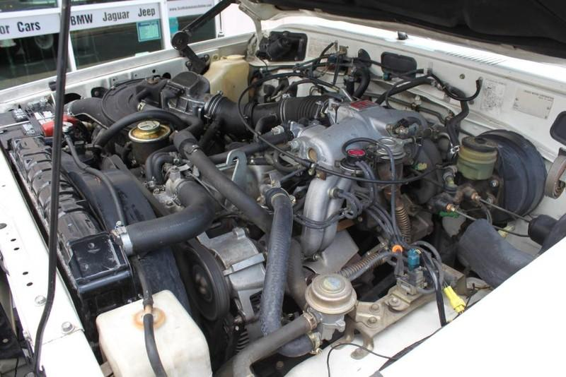 Used-1988-Toyota-Land-Cruiser-4X4-Ford