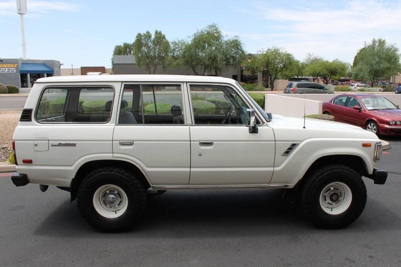 Used-1988-Toyota-Land-Cruiser-4X4-New-Mercedes-Benz