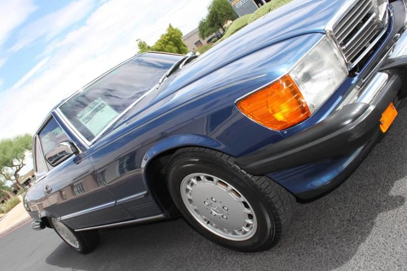 Used-1987-Mercedes-Benz-560-Series-560SL-LS400