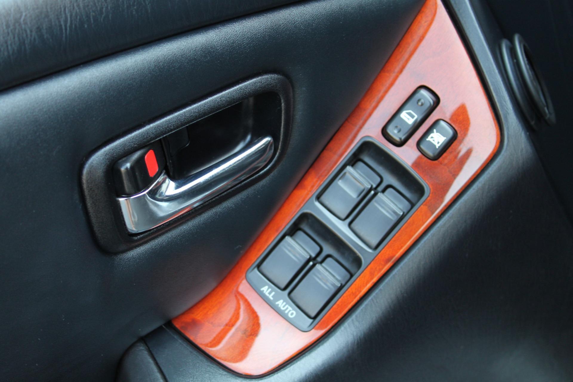 Used-2003-Lexus-RX-300-AWD-XJ