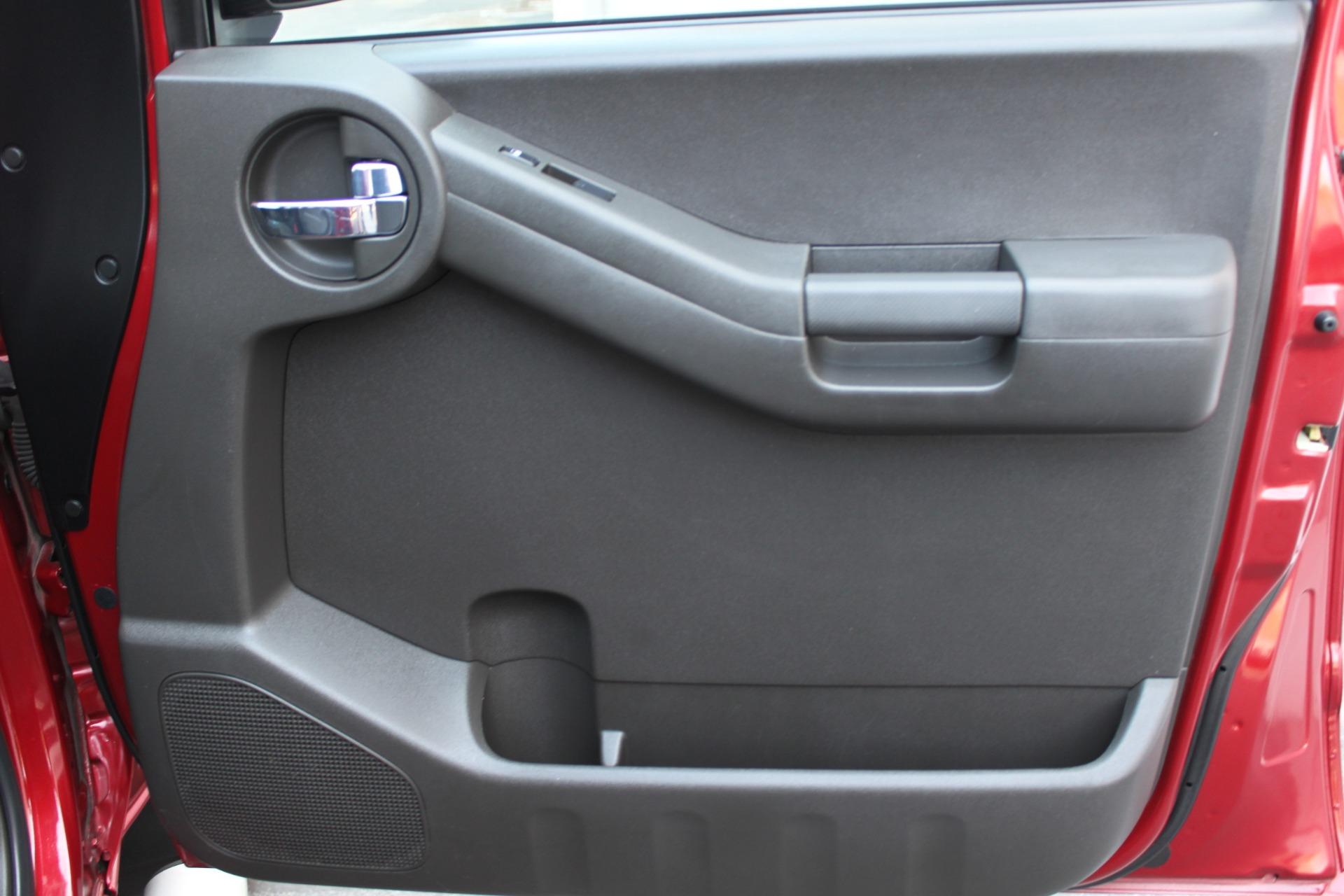 Used-2006-Nissan-Xterra-Off-Road-Grand-Wagoneer