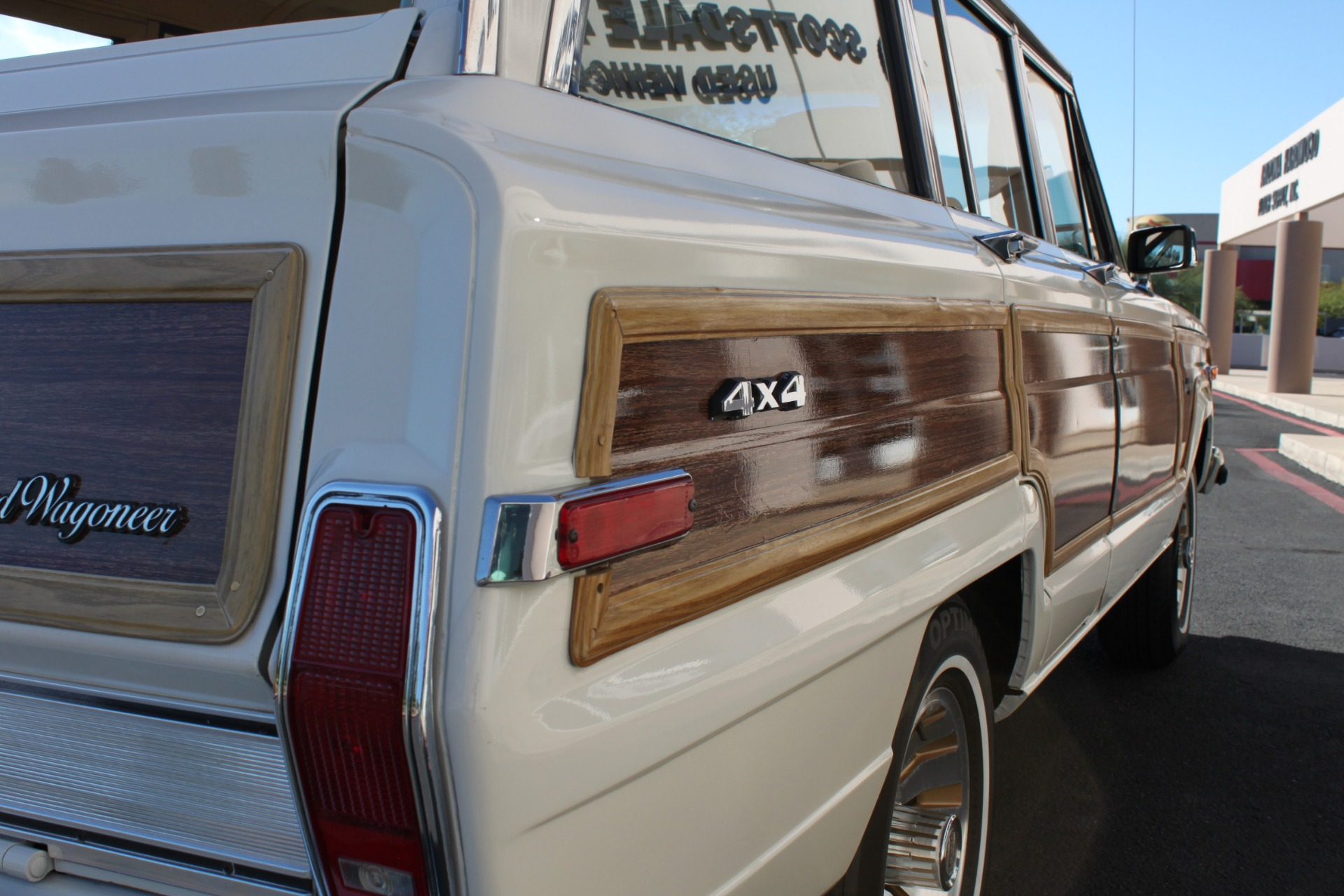 Used-1987-Jeep-Grand-Wagoneer-Chevrolet