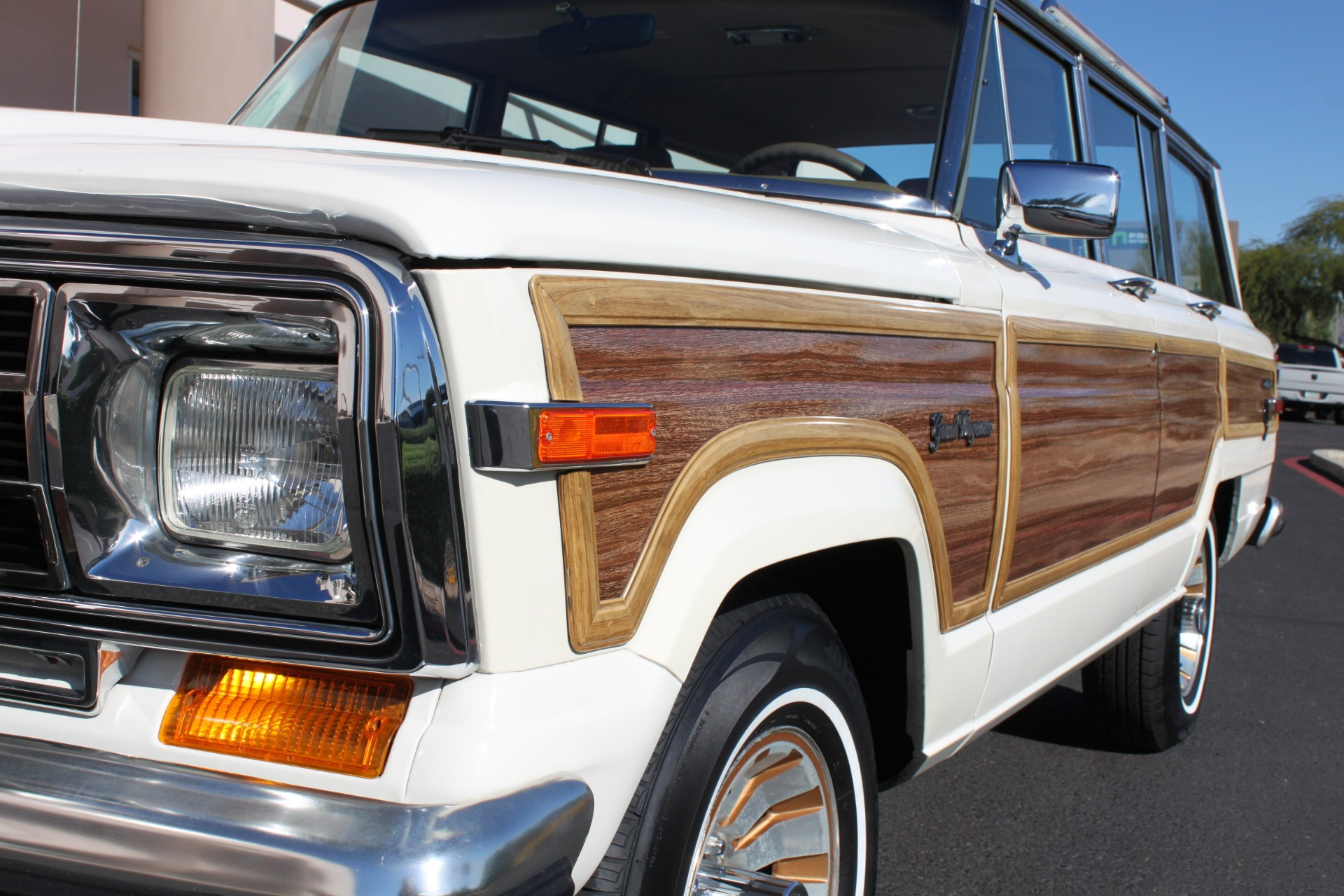 Used-1987-Jeep-Grand-Wagoneer-Dodge