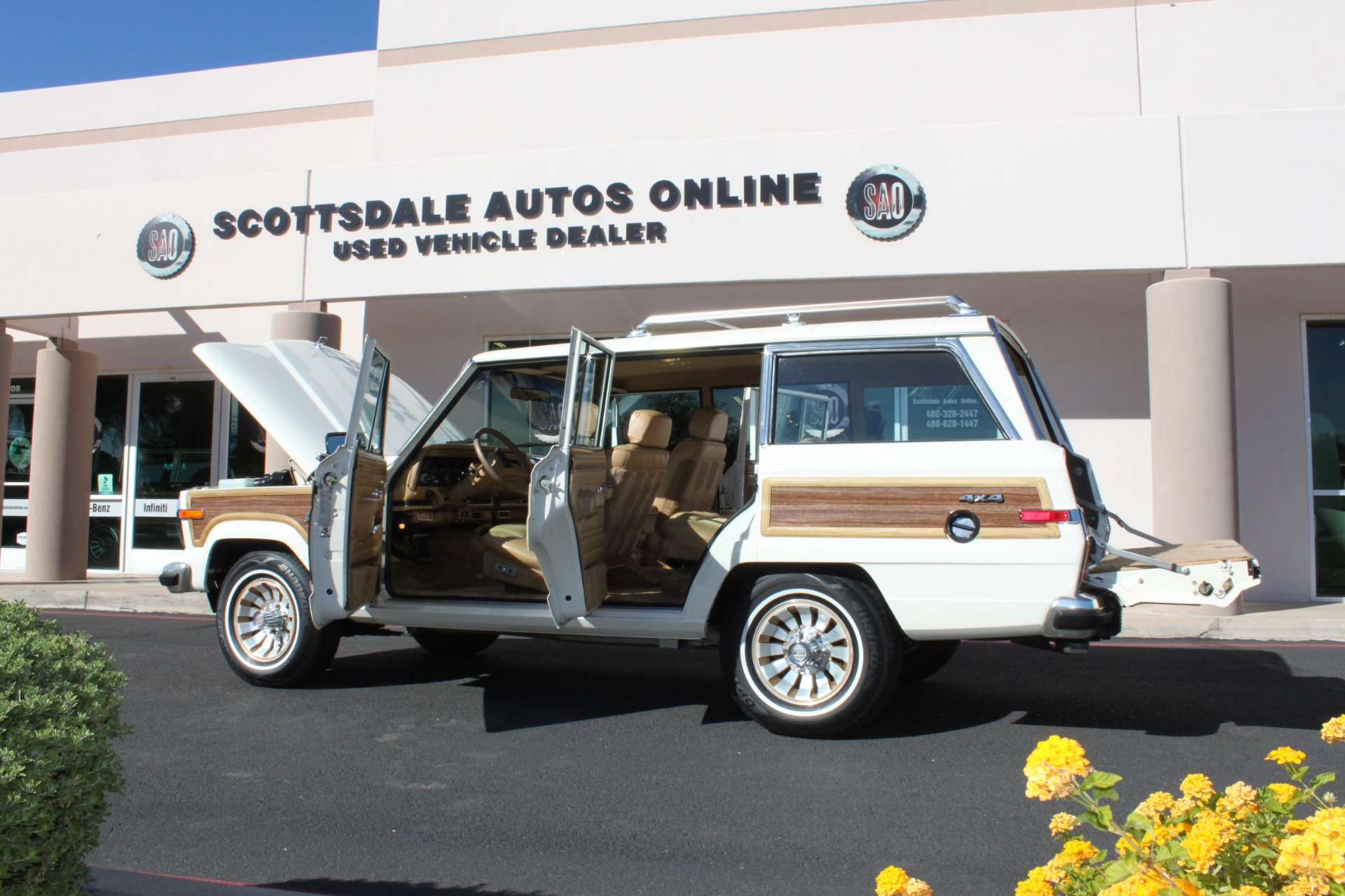 Used-1987-Jeep-Grand-Wagoneer-Ford