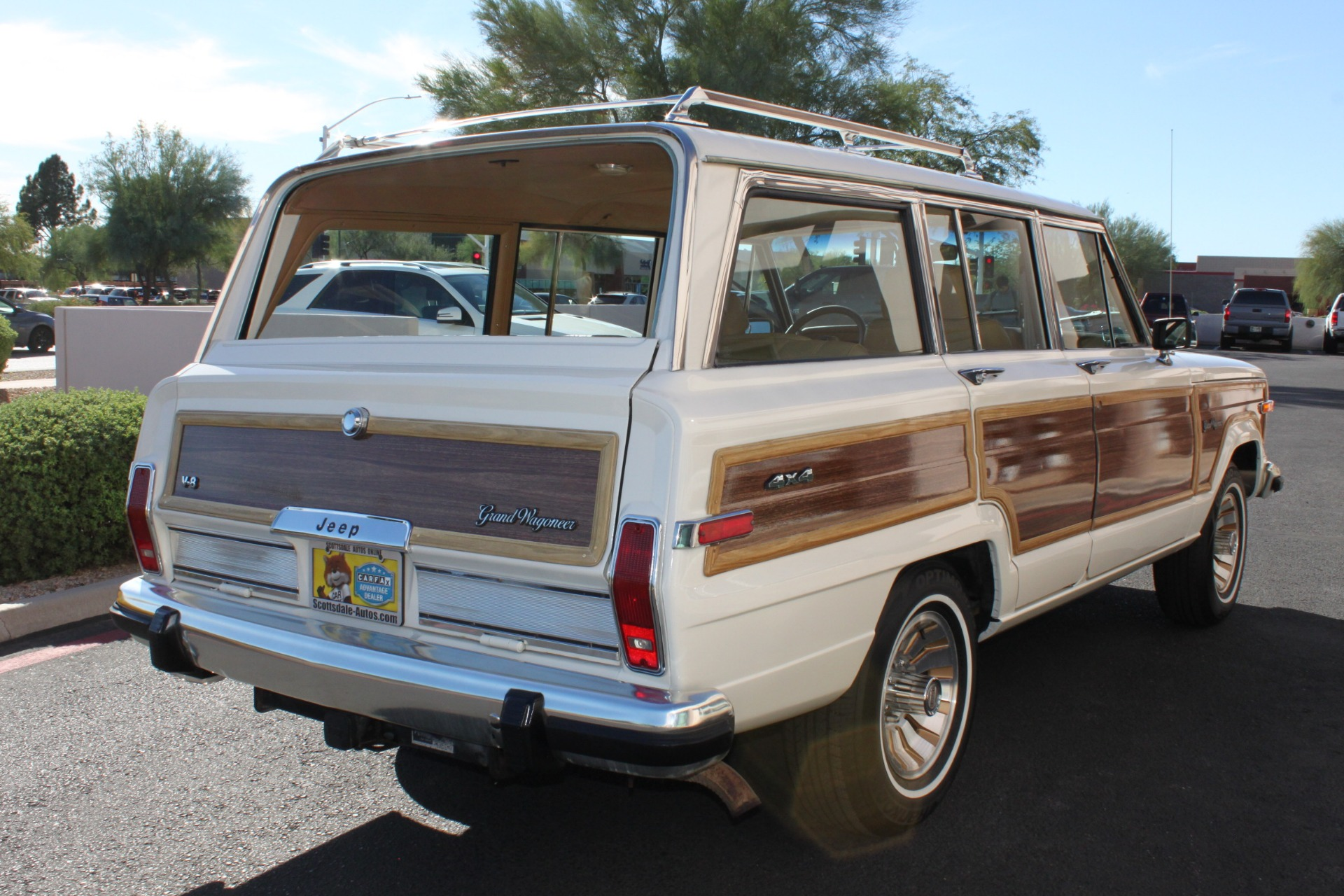 Used-1987-Jeep-Grand-Wagoneer-Classic