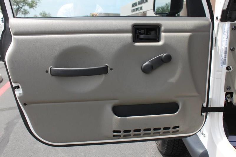 Used-2004-Jeep-Wrangler-X-4X4-Hard-Top-40-Liter-Inline-6-Cyl-Grand-Wagoneer