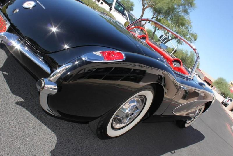 Used-1957-Chevrolet-Corvette-Roadster-283-CI-/-283-HP-Fuel-Injection-Grand-Cherokee