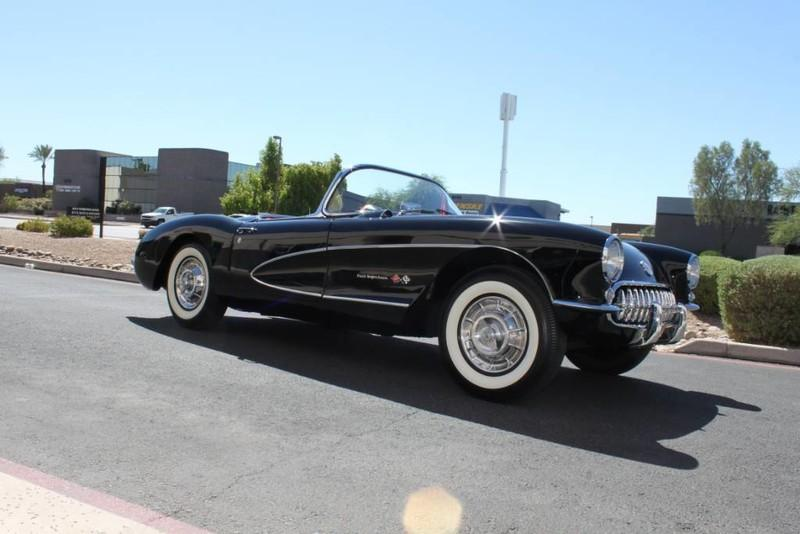 Used-1957-Chevrolet-Corvette-Roadster-283-CI-/-283-HP-Fuel-Injection-vintage