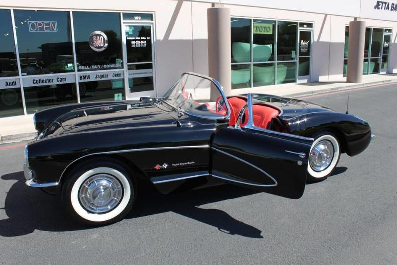 Used-1957-Chevrolet-Corvette-Roadster-283-CI-/-283-HP-Fuel-Injection-BMW
