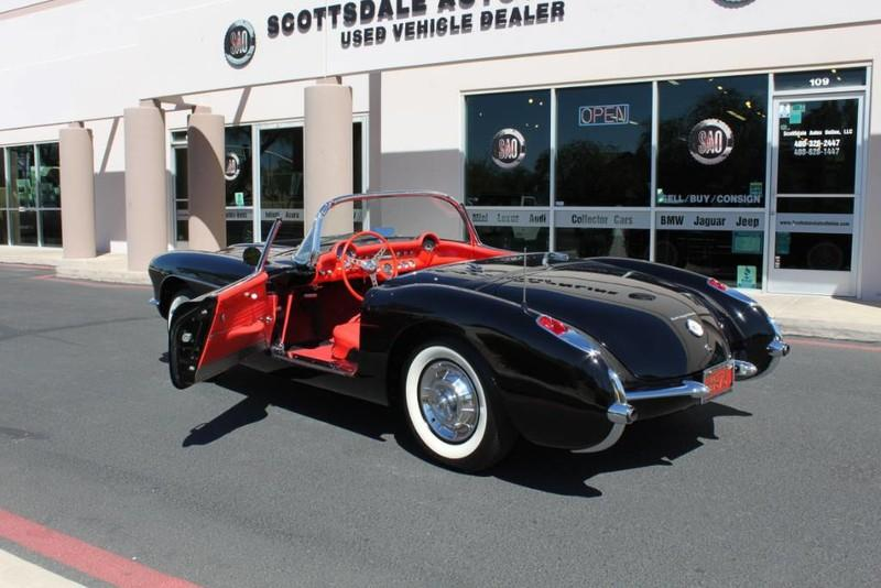 Used-1957-Chevrolet-Corvette-Roadster-283-CI-/-283-HP-Fuel-Injection-Chrysler