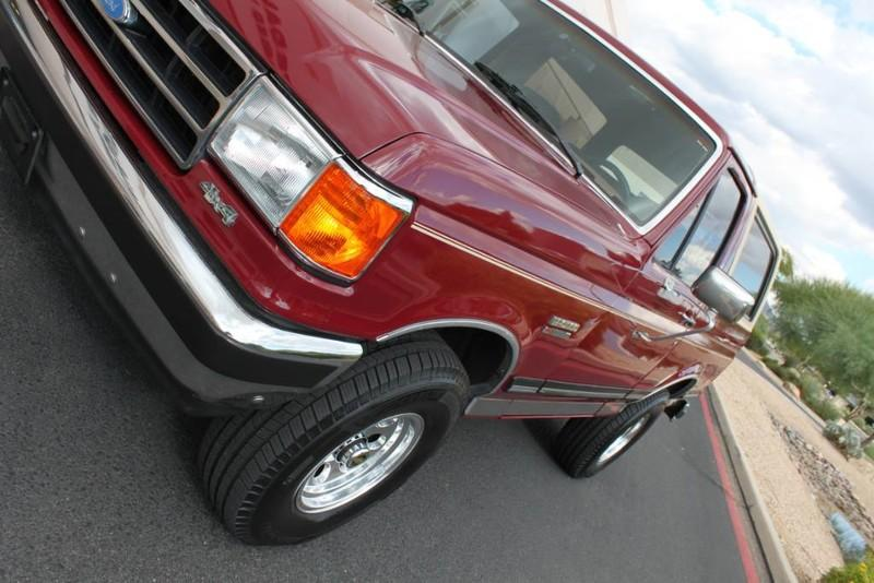 Used-1990-Ford-Bronco-XLT-Cherokee