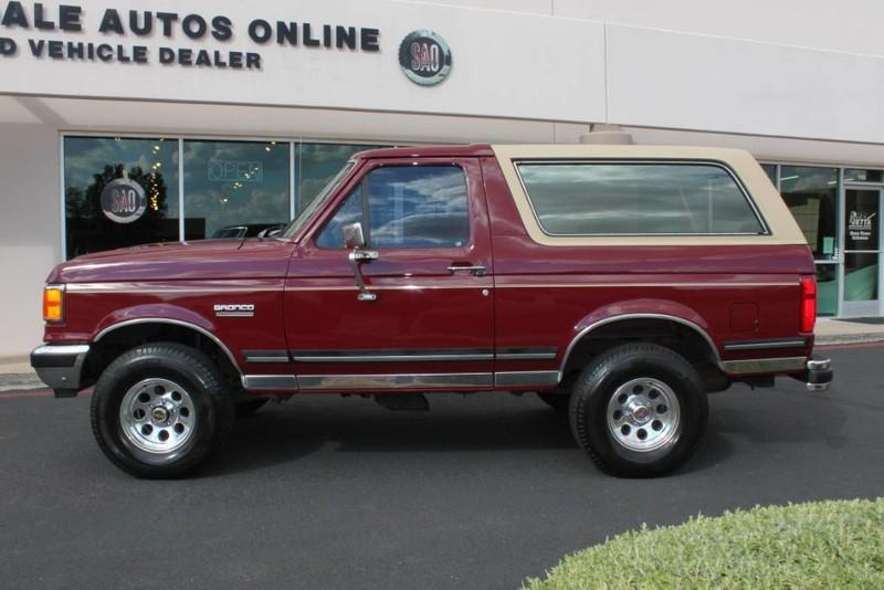 Used-1990-Ford-Bronco-XLT-4X4-Wagoneer