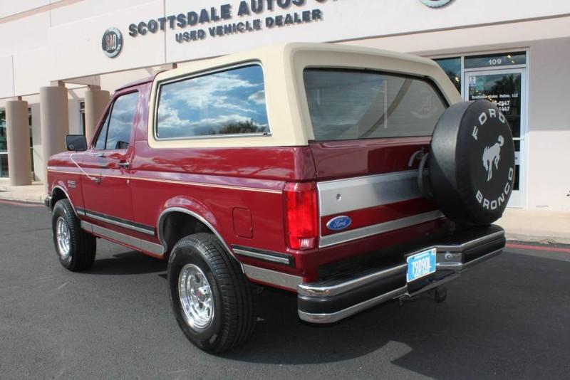 Used-1990-Ford-Bronco-XLT-4X4-Grand-Wagoneer