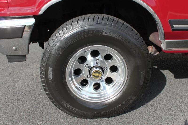 Used-1990-Ford-Bronco-XLT-4X4-Honda