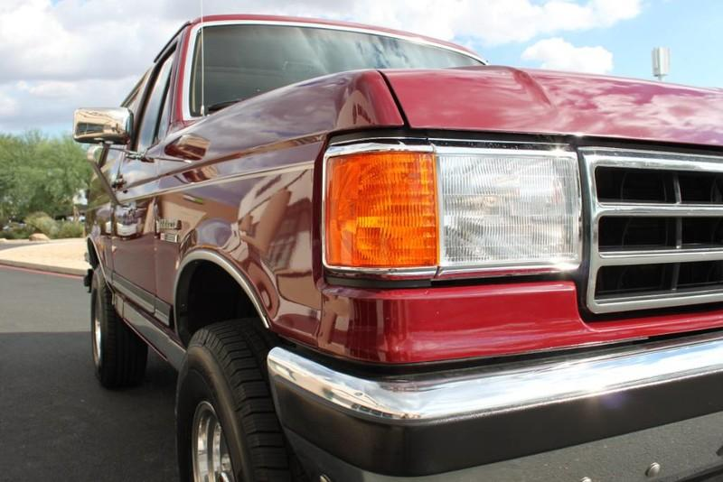 Used-1990-Ford-Bronco-XLT-4X4-Range-Rover