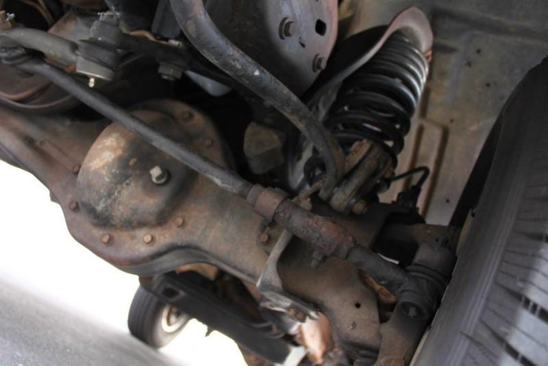 Used-1990-Ford-Bronco-XLT-Alfa-Romeo