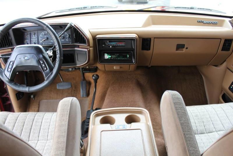 Used-1990-Ford-Bronco-XLT-4X4-BMW