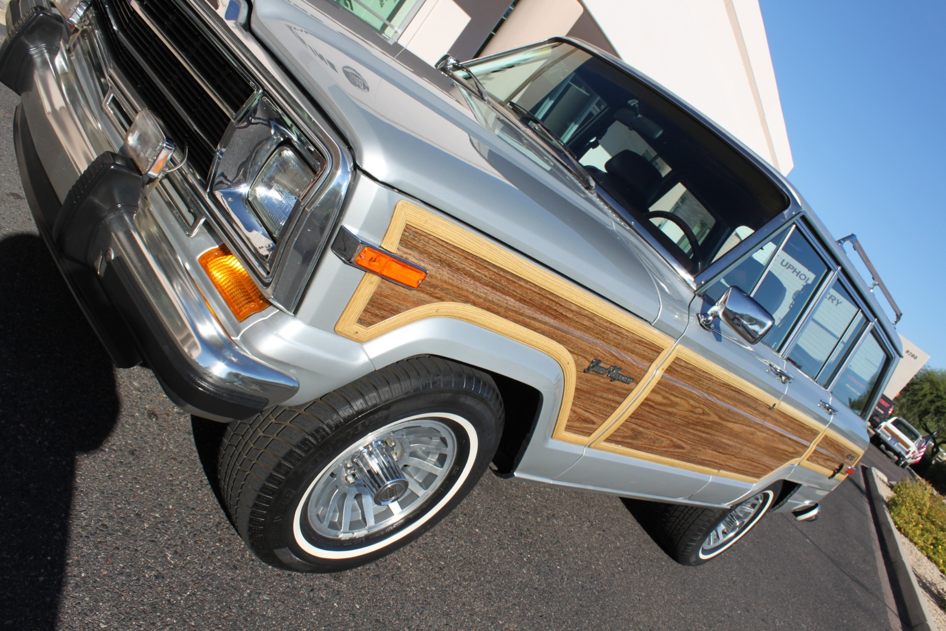 Used-1989-Jeep-Grand-Wagoneer-4X4