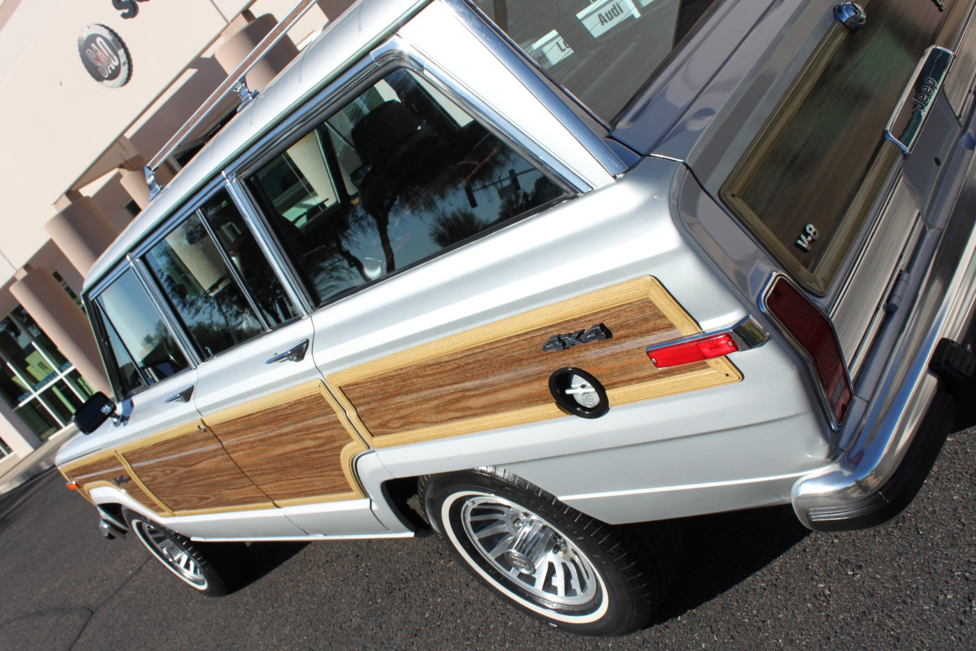 Used-1989-Jeep-Grand-Wagoneer-Audi