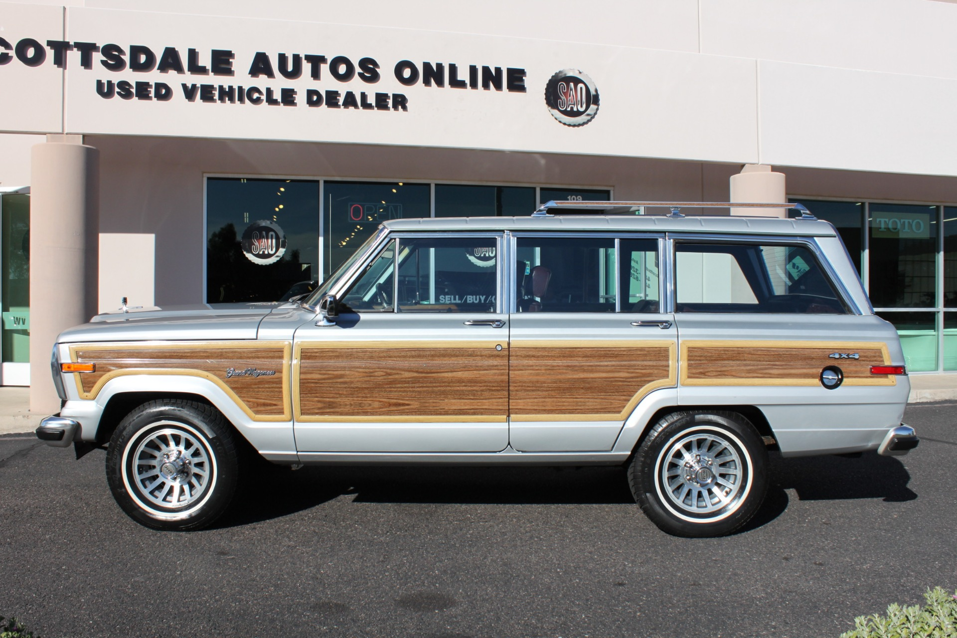 Used-1989-Jeep-Grand-Wagoneer-Wagoneer