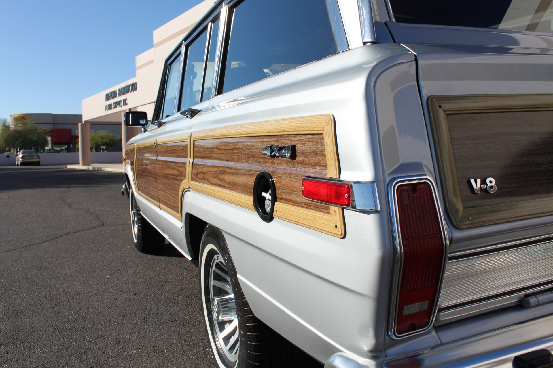 Used-1989-Jeep-Grand-Wagoneer-Dodge
